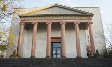 Wiederaufbau des Logenhauses